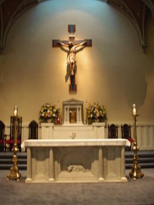 220px-St__Mary's_Catholic_Church_altar,_Alexandria,_VA
